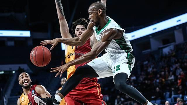 Galatasaray Odeabank 84 - 65 Darüşşafaka