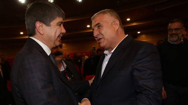 Antalyaspor'da yeni başkan Cihan Bulut