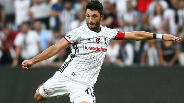 Leverkusen'den sonra Dortmund da Tolgay Arslan'a talip