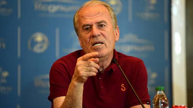 Mustafa Denizli Traktor Sazi takımıyla anlaştı