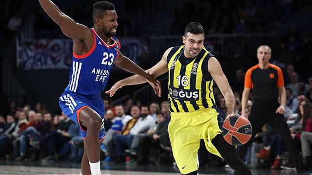 Anadolu Efes 84 - 89 Fenerbahçe Doğuş