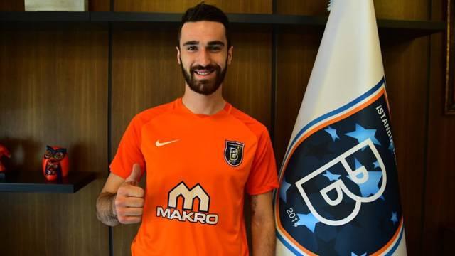 Başakşehir, Riad Bajic'i kiraladı!