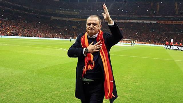 Galatasaray Terim'le yeniden zirvede