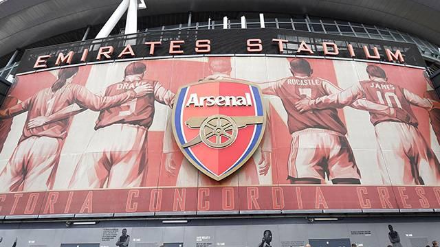 Arsenal Emirates ile olan sözleşmesini 2024'e kadar uzattı