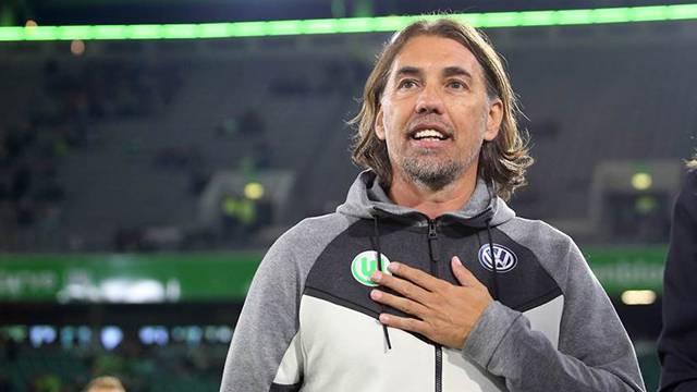 Wolfsburg Martin Schmidt ile yollarını ayırdı