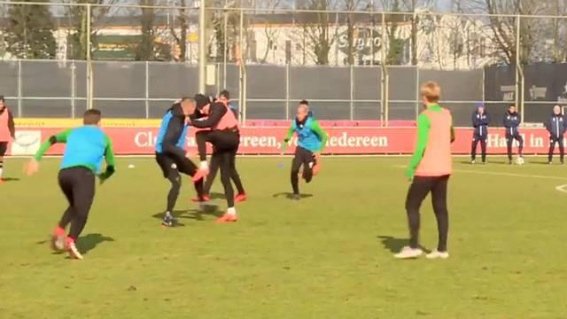 Feyenoord antremanında Van Beek ve Berguis kavga etti