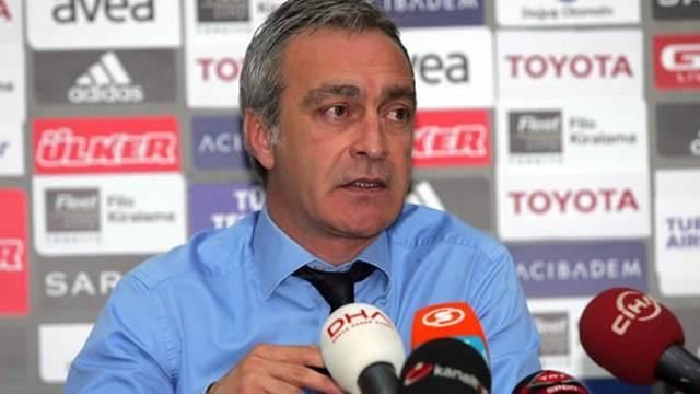 Önder Özen Bursaspor'dan sportif direktörlük teklifi almadığını açıkladı
