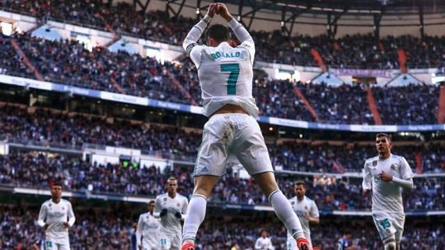 Real Madrid 4 - 0 Deportivo Alaves (Maç özeti)