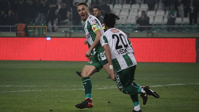 Atiker Konyaspor Ali Çamdalı'nın sözleşmesini feshetti