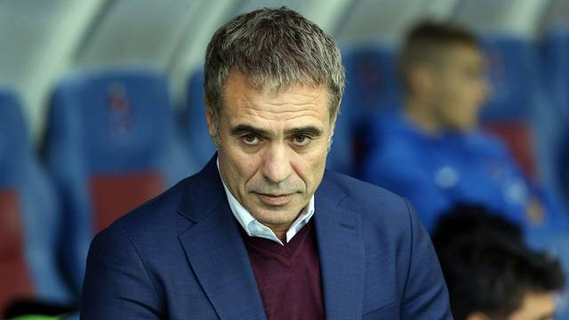 Trabzonspor'a Ersun Yanal şoku!
