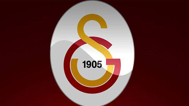 Galatasaray'da 10 isim birden gönderiliyor!