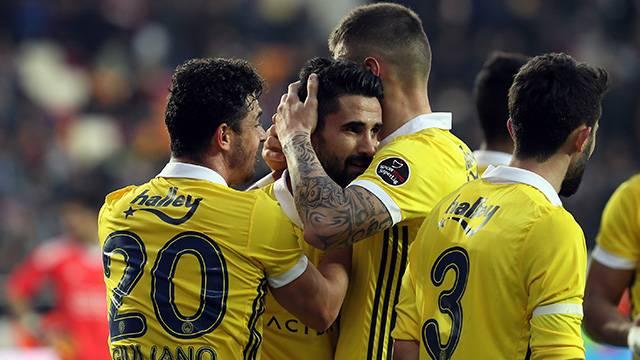 Fenerbahçeli yıldızlar Malatyaspor galibiyetini değerlendirdi