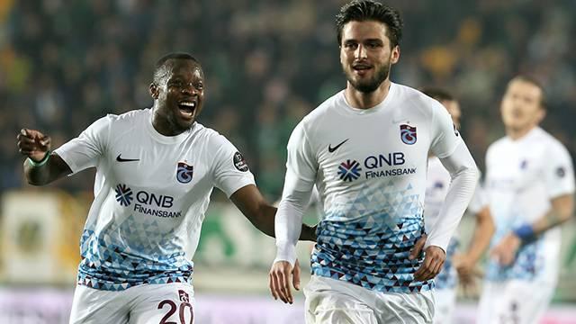 MAÇ ÖZETİ | Akhisarspor 1 - 3 Trabzonspor (25. hafta puan durumu)