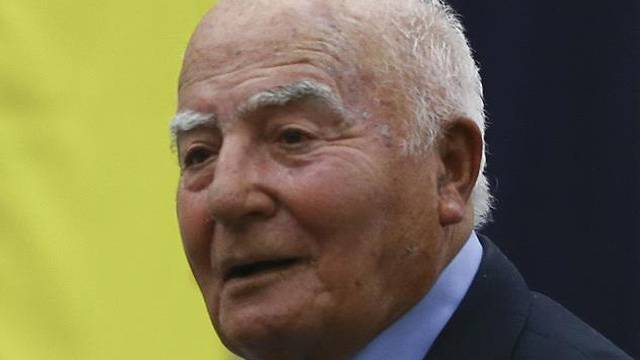 Fenerbahçe'nin eski milli futbolcusu Halit Deringör vefat etti