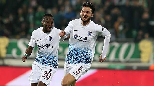 Trabzonspor'un en istikrarlı futbolcusu Okay Yokuşlu