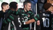 Robin van Persie'den Zwolle'ye 5 dakikada 2 gol