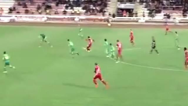 Volkan Demirel Boluspor maçında 40 metreden gol yedi!