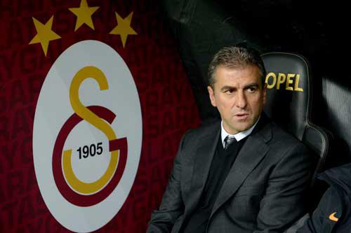 Hamzaoğlu'nu korkutan gelişme! Gelecek sezon...