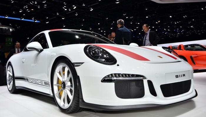 Cenevre Otomobil Fuarı'nda Porsche'dan yeni model