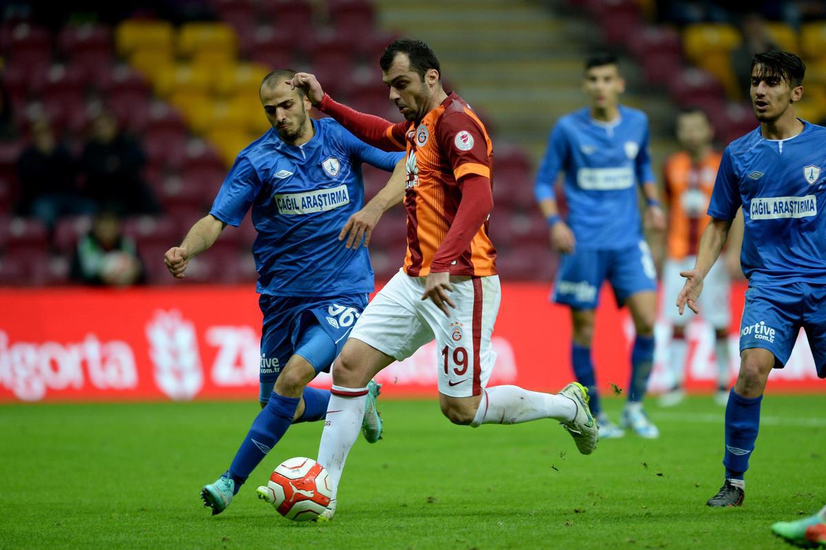 Galatasaray - Balçova Yaşamspor maçından kareler